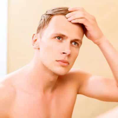 Trasplante de cabello para jóvenes
